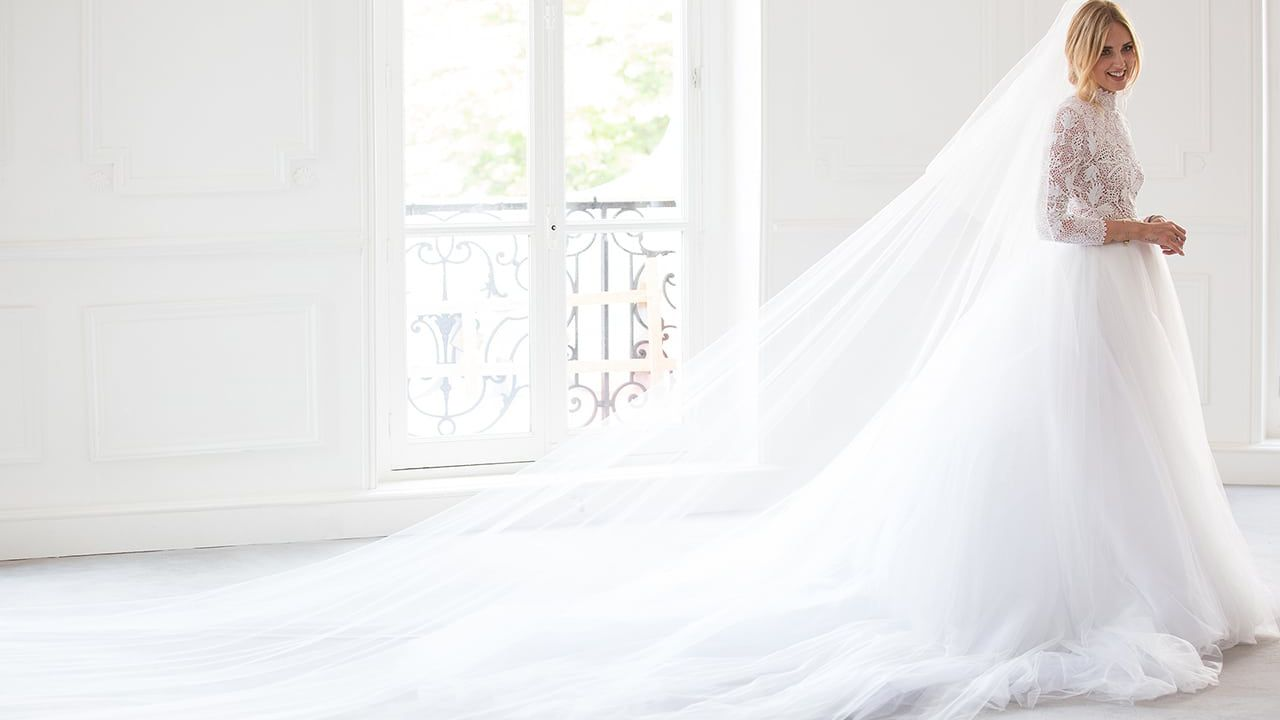 6b72d2e8508c Tutti i look sposa di Chiara Ferragni al matrimonio con Fedez