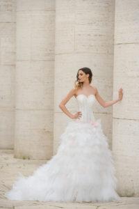 Laura Couture collezione abiti da sposa 2019 11
