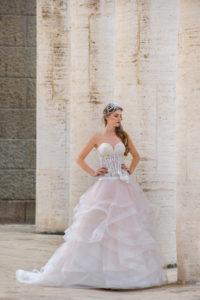 Laura Couture collezione abiti da sposa 2019 14