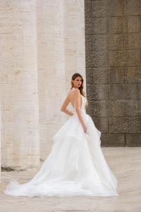 Laura Couture collezione abiti da sposa 2019 17