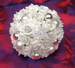 White Christmas Wedding Inspiration Board 31