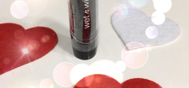 Beauty recensione rossetto Wet n Wild