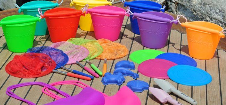 Scrunch Frisbee e Scrunch Bucket giochi in silicone di Funkit World