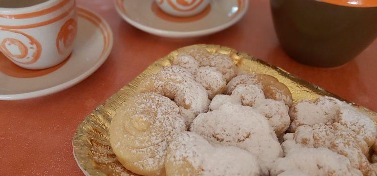 Biscotti di pastafrolla ricetta per utilizzare la sparabiscotti